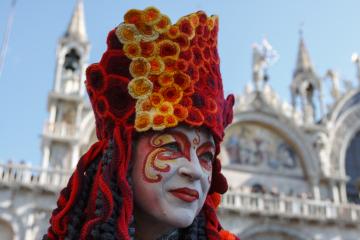 venice-carnival-2015_16536429986_o