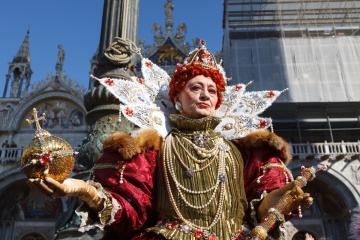venice-carnival-2015_16562936705_o